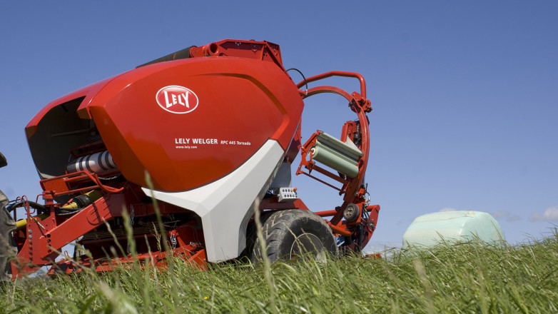 the Baler/rapper combination Lely Welger RPC 445 Tornado we designed for Lely