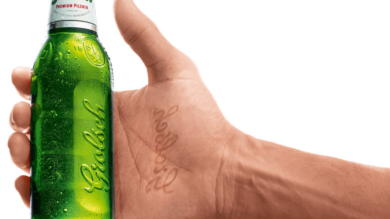 Grolsch - grip detail in bottle