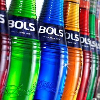 The perfect bottle for flair bartenders | Bols