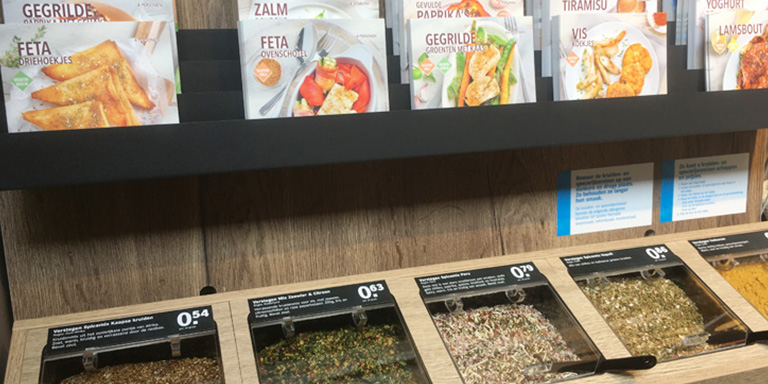 Self service spices concept